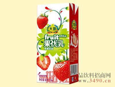 大地250ml甜蜜草莓果优乳
