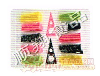 彩色三角形蛋糕