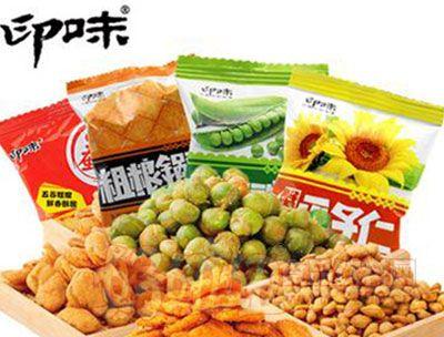 印味零食炒�小吃�M合1124g