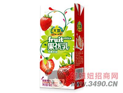 大地甜蜜草莓果��乳乳�品250g