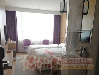 山水时尚酒店房间图片