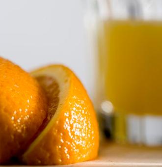 橙汁的功效作用和�I�B�r值