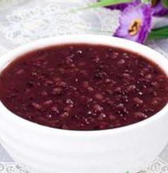 黑米粥有什么功效 黑米粥的作用