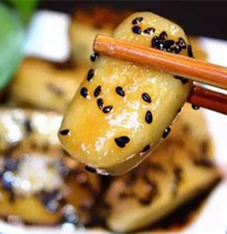 年糕的多种做法,Q弹软糯、裹上浓浓的酱汁,比外面买的还好吃
