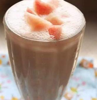 蜜桃奶昔的做法