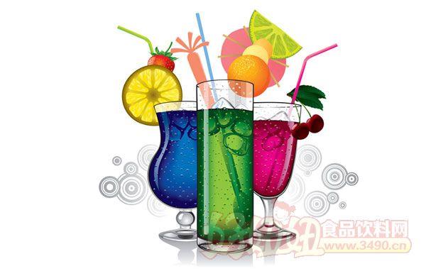 1.能量饮料、水和运动饮料品牌的成长 只关注碳酸软饮料是过去的事了,百事公司首席执行官卢英德在2015年10月份这样告诉投资者。 相反,百事和其他大型饮料公司在新的一年里都注重于开发新健康饮料(或者至少品牌视为健康)。 我们大量投资在研发上,使我们得以推出更多的新产品,百事美洲饮料公司的首席执行官爱乐(Al Carey)在Beverage Digest未来智能的发布会上说。不是所有的都倾向于健康,但很健康和单一,而我们要做的就是改变其产品组合的搭配。 今年,百事可乐将推出新产品,如有机佳得乐、
