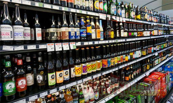 食品饮料陈列与市场分析