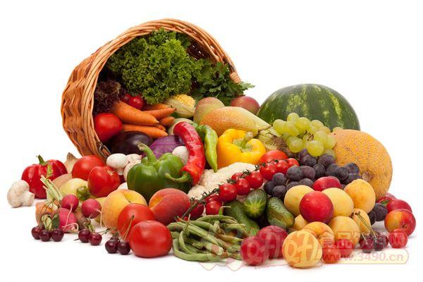 台国健署指出,蔬果不只富含维生素、纤维质,相较其他食物,蔬菜种植生长周期短、所需资源少,碳排放量是所有食材种类中最低的;吃肉的话,每吃1公斤肉就会增加约13公斤碳排放。 爱地球从低碳饮食做起,林莉茹说,全台民众一周只要吃一天蔬食餐,每餐吃3份蔬菜(1份蔬菜煮熟后约半碗)、2份水果(1份水果约1个拳头大小),就可减少4300万公斤碳排放量,相当于减少4866辆1.