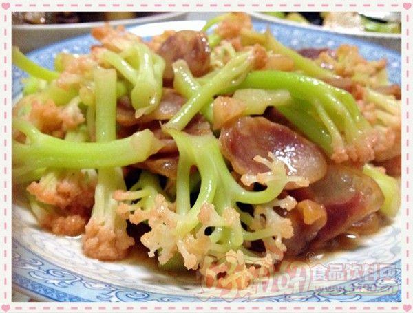 炒锅      分类:热菜微辣炒十分钟简单难度      香肠烧花菜的做法