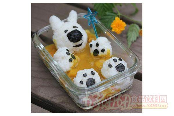 让很多孩子更加喜欢动物了,今天就用米饭来做出一个小熊便当和大家一