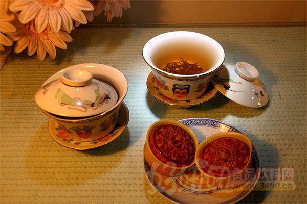 中秋节为什么要吃月饼 吃月饼的来历介绍