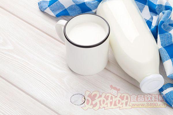喝牛奶真的会致癌吗? 哪些人不能喝牛奶