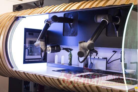 智能烹饪机器人即将面市!会做100多道菜!
