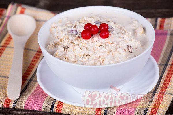 无糖燕麦怎么吃_1,选择原味无糖燕麦片        需要控制体重的人千万不要被\