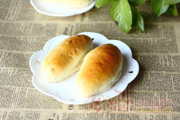 一吃就让你停不住嘴的肉松沙拉酱面包