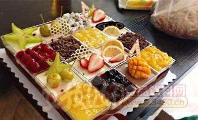 添加了大量色素与香精的蛋糕尽量不要买