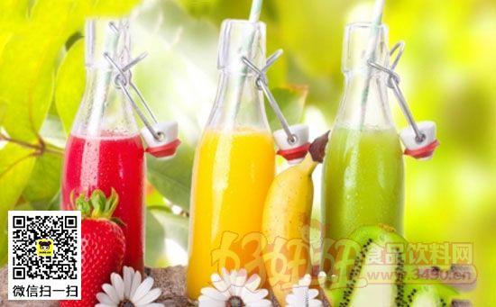 每次使用榨汁机和搅拌机之前应充分清洁和消毒,避免细菌污染果汁