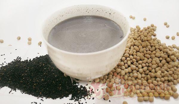 喝黑豆浆的好处_黑豆浆 豆浆能天天喝吗