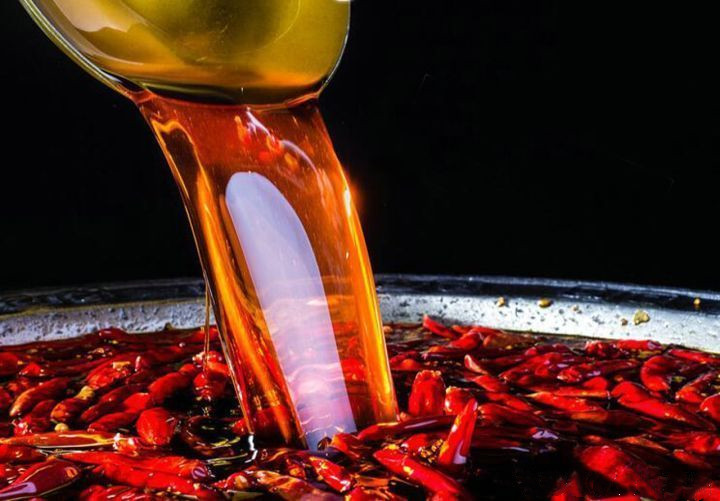 只需要一小块重庆火锅底料 煮出人间美味