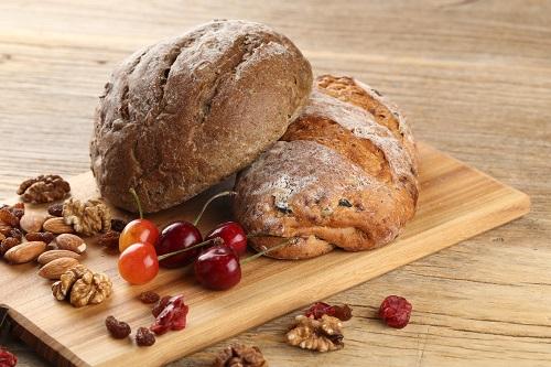 创业开面包店加盟推荐,看麦子叔叔怎么样!