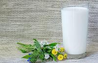 牛奶喝全脂、脱脂、低脂的有什么区别