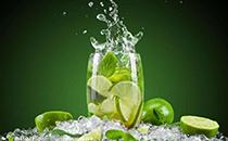 苏打水有美容作用吗,喝苏打水有什么好处?