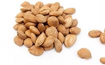 杏仁美味好吃,每天应该吃多少最为合适?