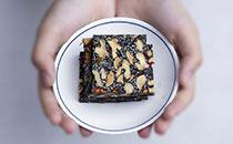 阿胶糕的成分是什么,阿胶糕适合多大年龄吃