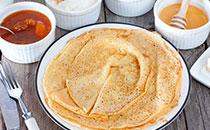 蜂蜜牛奶鸡蛋饼怎么做 蜂蜜牛奶鸡蛋饼的做法
