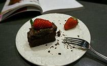如何自制巧克力蛋糕