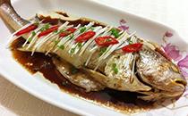 清蒸黄花鱼怎么做,清蒸黄花鱼的做法