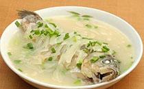 鲫鱼白萝卜汤的做法