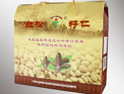 宏泰-红松籽仁496g礼盒