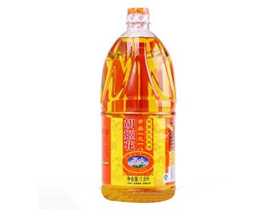 胡姬花特香型非转基因压榨一级花生油1.8L