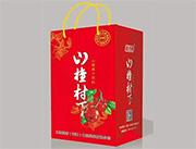 山楂村丁山楂果汁�料�Y盒�b