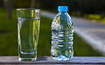 你知道不同价钱的矿泉水区别所在?