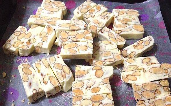 奶油杏仁糖,最好吃的糖果当然应该充满各种味道!