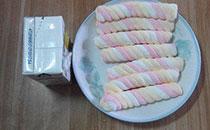 自制牛奶棉花糖冰淇淋:超简单,软软绵绵的,味道还不错