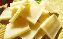 """豆腐是�h族人的�@�?蒙古""""奶豆腐"""",其滋味一�c也不�d色!"""