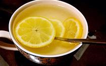 不要再喝碳酸饮料了,教你做酸酸甜甜柠檬茶,健康又开胃