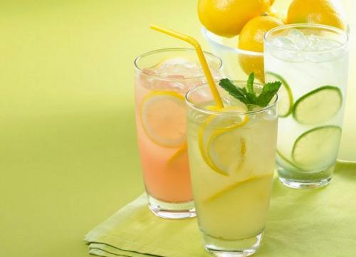 蜂蜜柠檬茶――夏日早晨,每天一杯,喝出雪白的肌肤和好心情