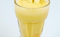 这种香蕉奶昔做法,一般人不告诉他
