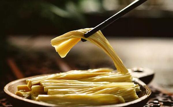 零添加、口感好、更便捷,鲜腐竹或将成为下一个大单品!