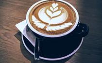 瑞幸推出�o人咖啡�C、售��C