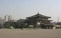 参观西安历史博物馆 感受古城魅力