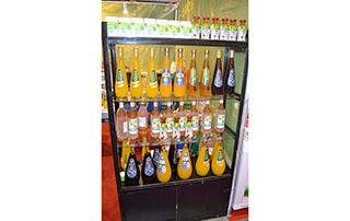 长沙市六杰出饮品2015长沙糖酒会产品货架