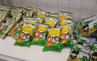 枣庄旭康小童学膨化食品在2015年秋季郑州糖酒会现场招商